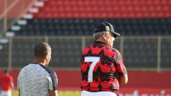 futebolbahiano.org-vitoria-aumenta-em-40-o-numero-de-socios-apos-posse-de-paulo-carneiro-paulo-carneiro-678x381